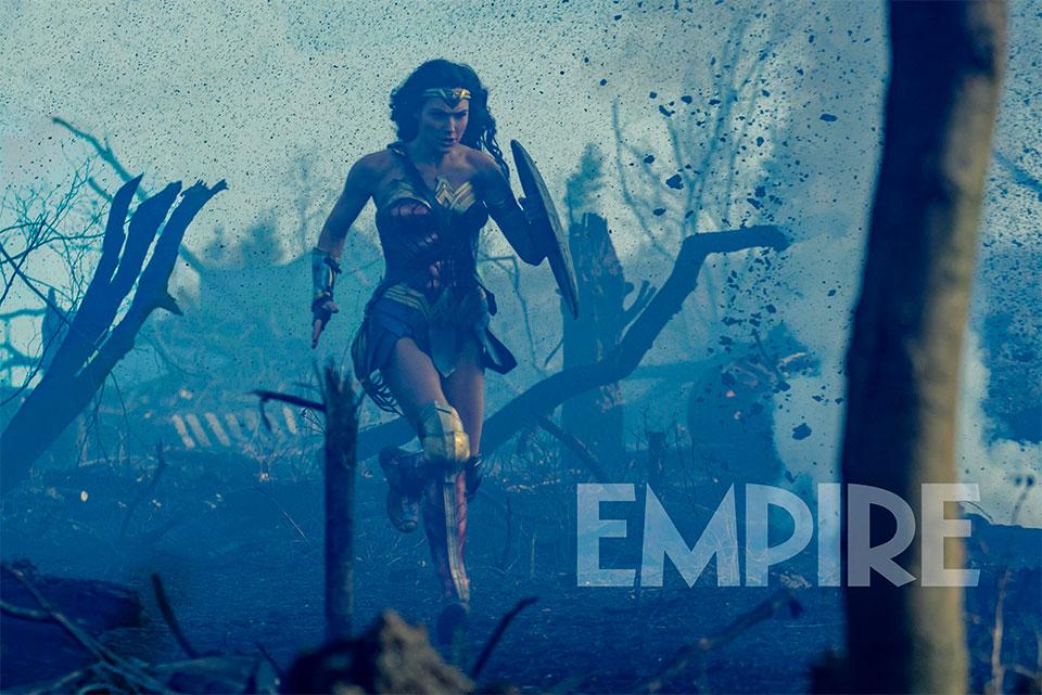 Corre Wonder Woman, corre