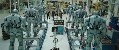 ...y presentando su ejército de robots