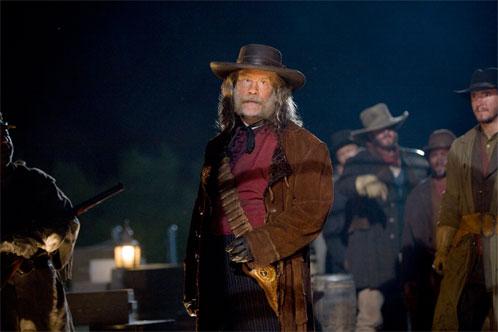 John Malkovich como Turrnbull