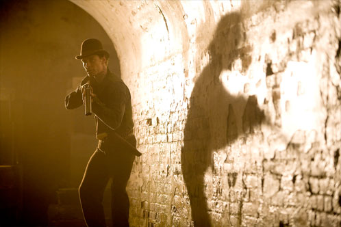 Michael Fassbender como Burke