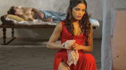 Freida Pinto como Phaedra en Immortals