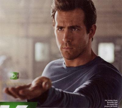 Hal Jordan recibe el anillo de los Green Lantern