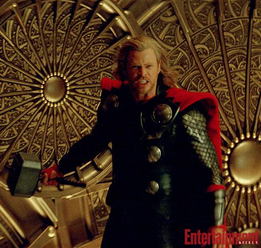 Thor vuelve para enseñarnos su firia