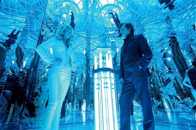 Nueva imagen de X-Men: primera generación... Emma Frost y Sebastian Shaw en el Club Fuego Infernal