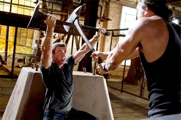 Primera imagen de Bullet to the Head con Sylvester Stallone y Jason Momoa en un combate con... HACHAS!!!