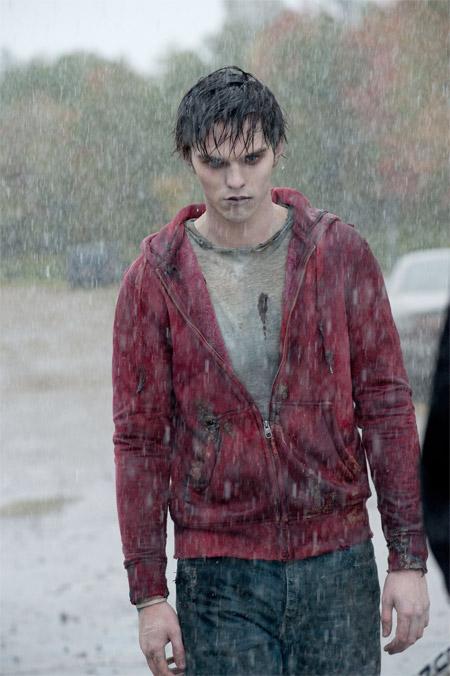 Nicolas Hoult como un zombi enamorado en Warm Bodies... apesta y no precisamente por ser un zombi
