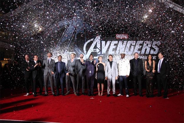 El reparto completo de Los Vengadores en la premiere del otro día