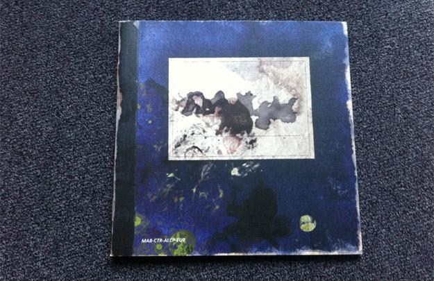 El diario púrpura, uno de los elementos fundamentales de Spirit Camera