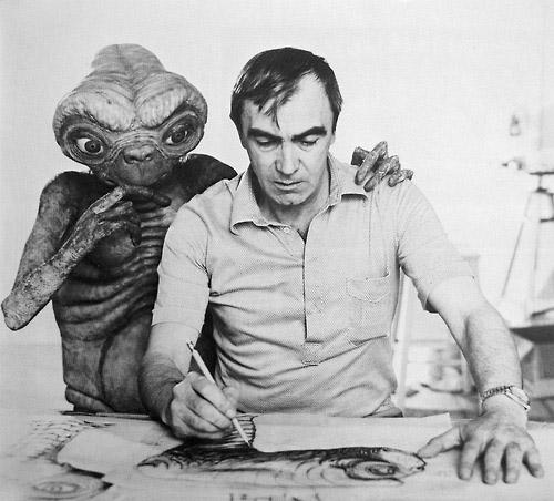 Carlo Rambaldi asesorado por E.T. para crear a una de los extraterrestres más entrañables de la historia del cine