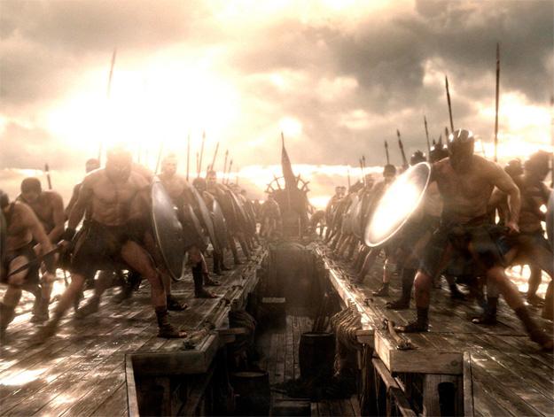 ¿Tropas griegas o tropas persas? Pues igual lo segundo y al fondo, oculta, Eva Green como Artemisia