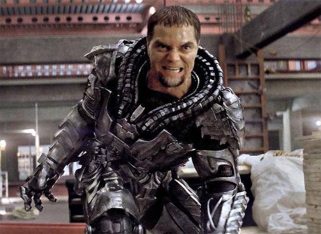 Atención a la mala baba del General Zod (Michael Shannon)