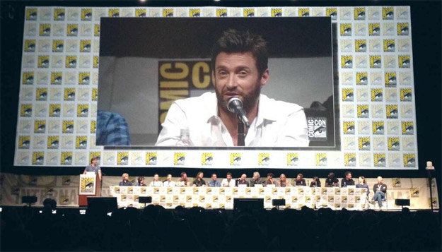 Imagen reflejo de los que es el universo mutante de la Fox... Hugh Jackman y mil más