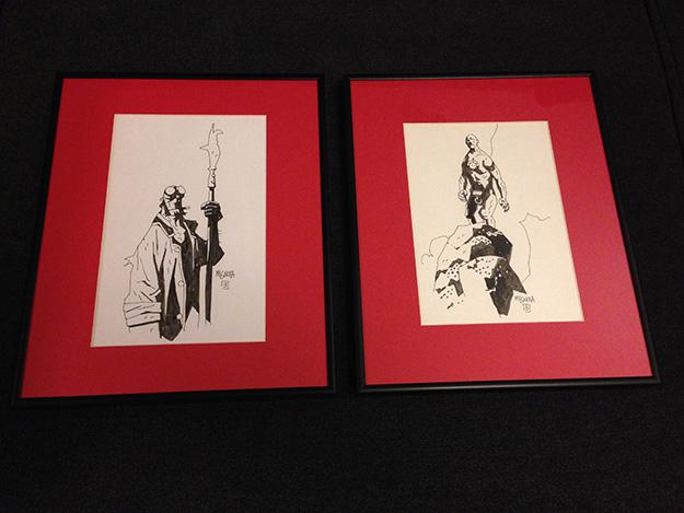 Las piezas maestras de la colección... 2 originales de Mike Mignola, un Hellboy entre ellos