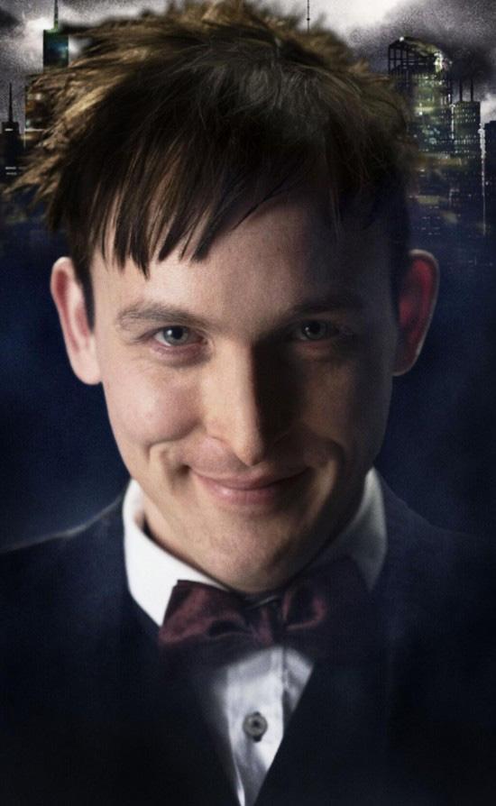 """Saludad a Robin Lord Taylor como el Pingüino en """"Gotham"""""""