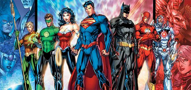 Aquaman, Linterna Verde, Wonder Woman, Superman, Batman, Flash y Cyborg... tiempo al tiempo
