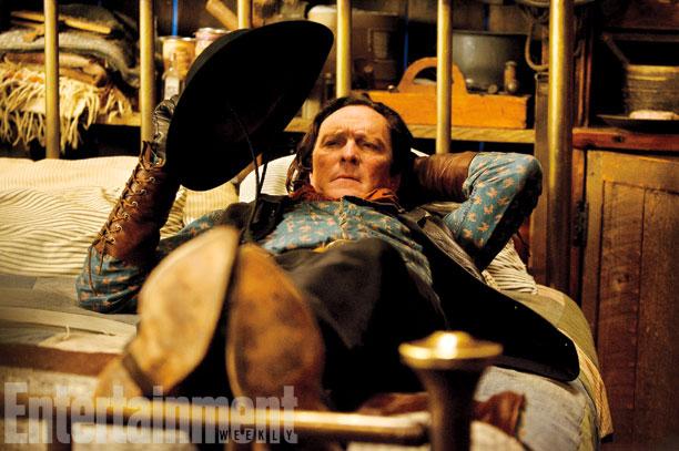 Y en este caso una vida completa... Michael Madsen como Joe Gage