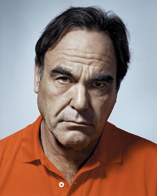 Oliver Stone... ¡no pongas esa cara!