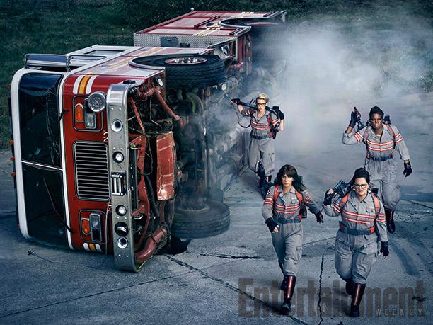 Melissa McCarthy, Kristen Wiig, Kate McKinnon y Leslie Jones en Ghostbusters
