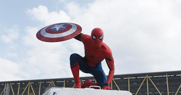 El traje del nuevo Spider-Man, es diferente y mola