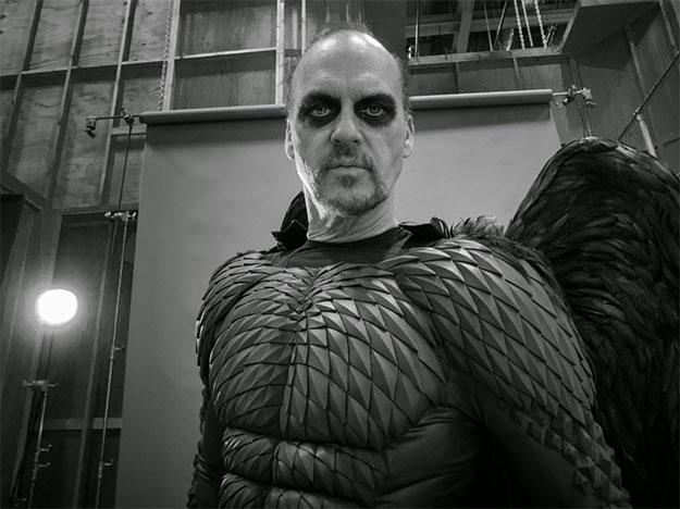 Michael Keaton ya está acostumbrado a vestir de pollo