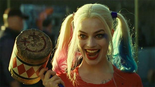 ¿Harley Quinn comandado un film de heroínas comiqueras?