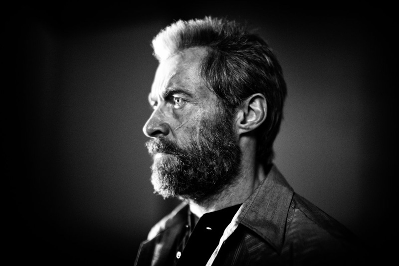Logan (Hugh Jackman) pasado de vueltas... y años