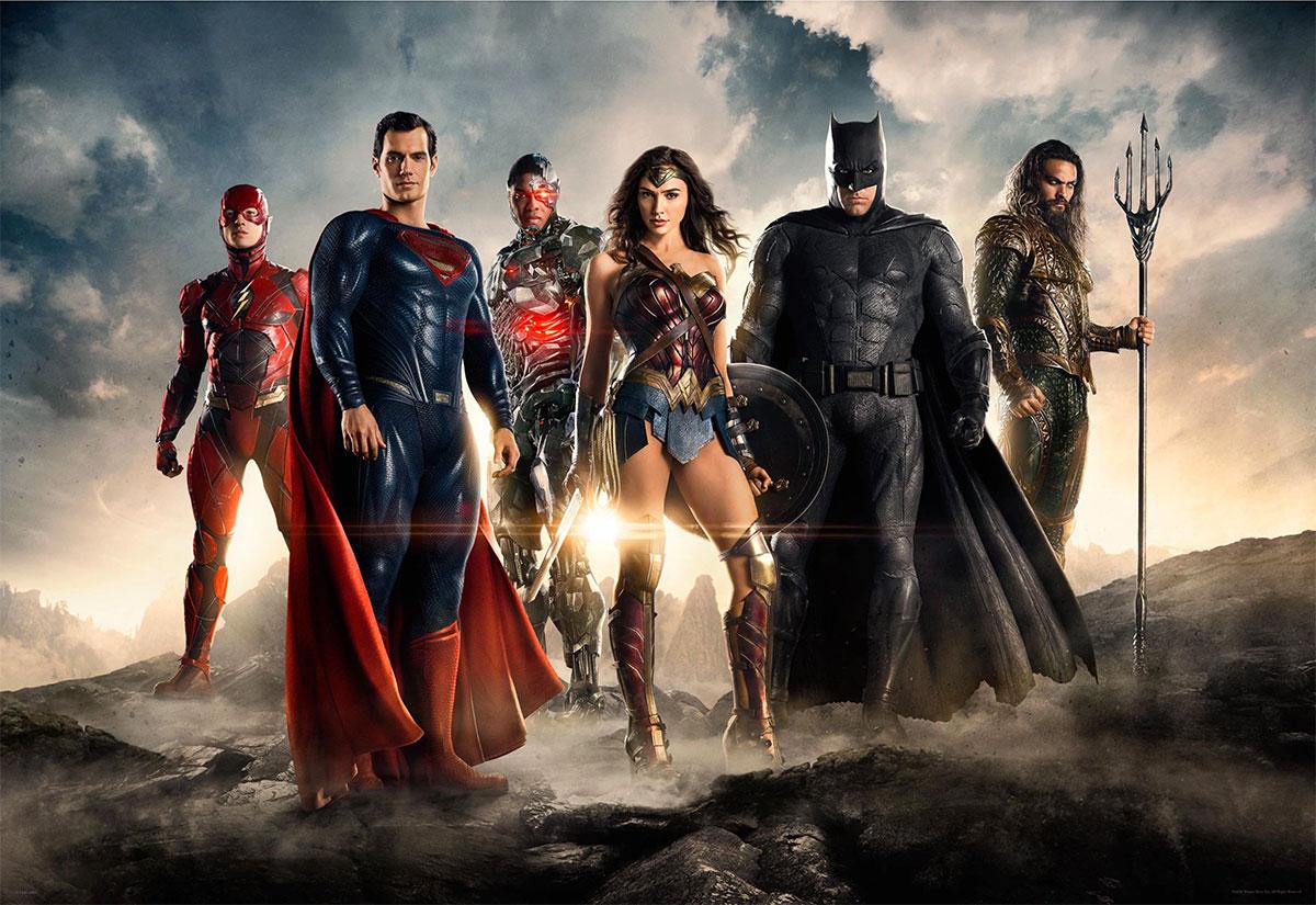 Ezra Miller (The Flash), Henry Cavill (Superman), Ray Fisher (Cyborg), Gal Gadot (Wonder Woman), Ben Affleck (Batman) y Jason Momoa (Aquaman)