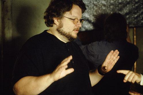 Guillermo del Toro pide tranquilidad