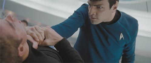 Primera foto oficial de Star Trek!!! (Tamaño king size en Ain't It Cool News)