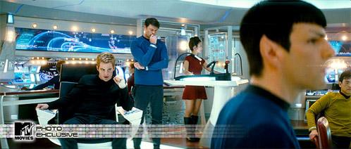 Nueva foto de Star Trek (en king size en MTV Movies)