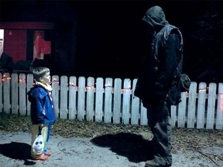 Michael Myers de paseo en Halloween