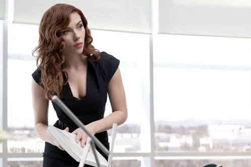 ¿Scarlett Johansson infiltrada como Natasha Romanoff en Stark Industries?