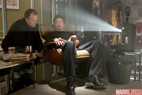 Kevin Feige, CEO de Marvel Studios, charla con Robert Downey Jr. ¿sobre?