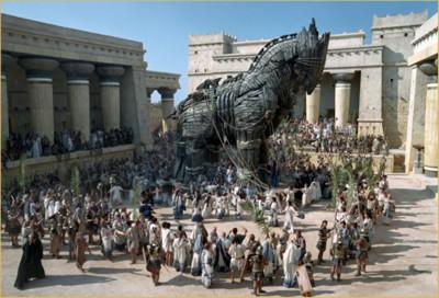 El caballo está dentro de la ciudad, quien está dentro del caballo?
